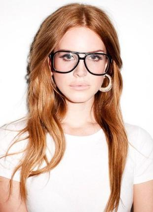 Имиджевые очки авиаторы.