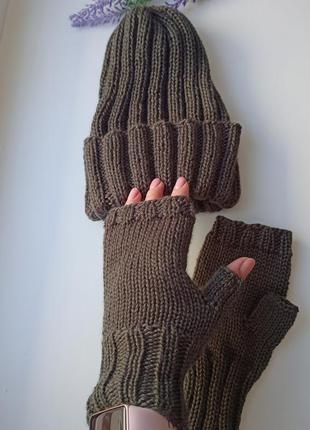 Вязаная шапка с отворотом митенки вязаные перчатки для сенсорн...