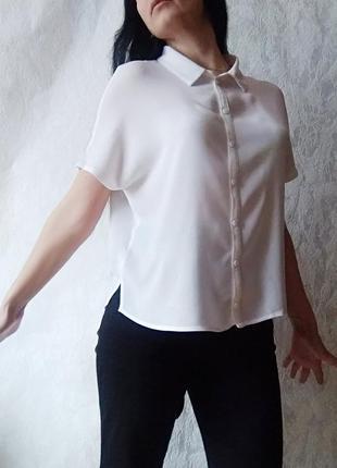 Біла базова жіноча блузка від фірми н & м