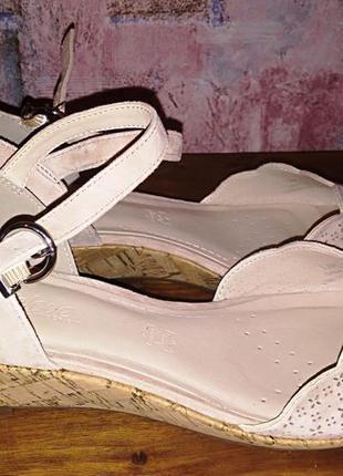 Замшевые босоножки footglove,  38р