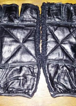 Перчатки без пальцев, кожаные