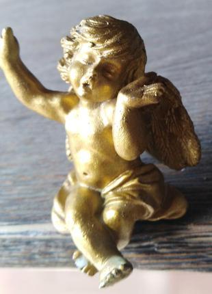 Статуэтка ангелок