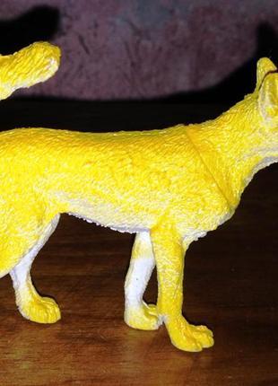 Статуэтка собаки, в коллекцию