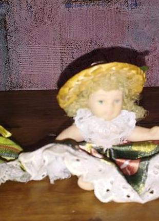 Статуэтки куколки в коллекцию