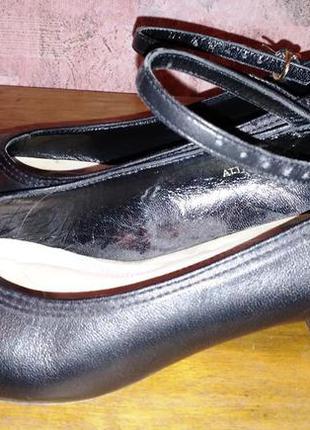 Кожаные туфли jones, 39р