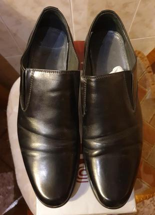 Мужские кожаные туфли 40 р