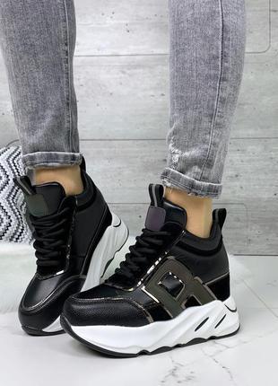 Чёрные кроссовки на платформе, стильные чёрные кроссовки с бел...