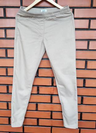 Бежевые штаны bershka
