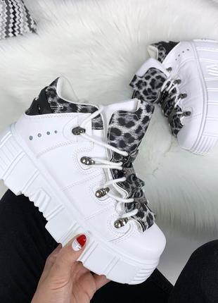 Белые массивные кроссовки на платформе,белые кроссовки с цветн...