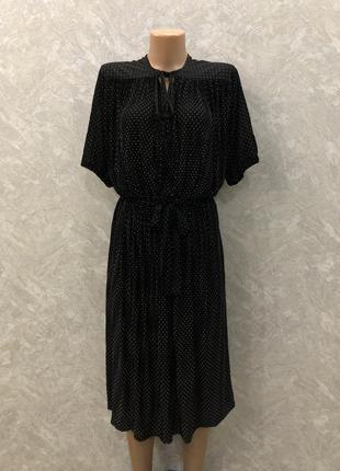 Винтажное плиссированное платье миди  в горох