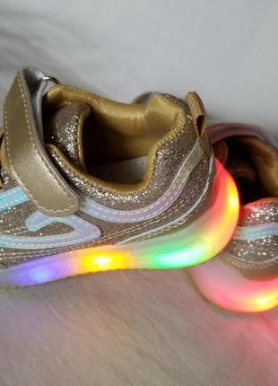 Детские светящиеся led кроссовки на девочку bbt