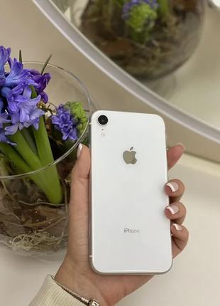 Apple iPhone XR 128GB White. Neverlock. Б/у