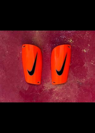 Щитки Nike Mercurial Оранжевые