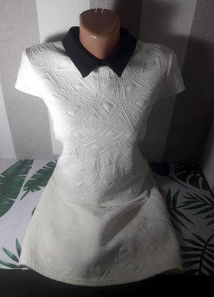 Распродажа фактурное платье в стиле prada с воротником