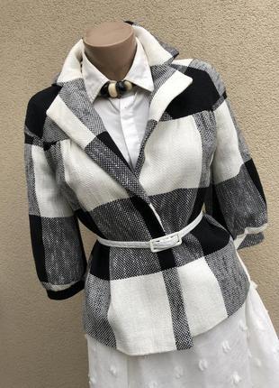 Красивый,стильный жакет(пиджак,блейзер,реглан)в большую клетку...