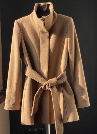 Шерстяное пальто от mango размер м