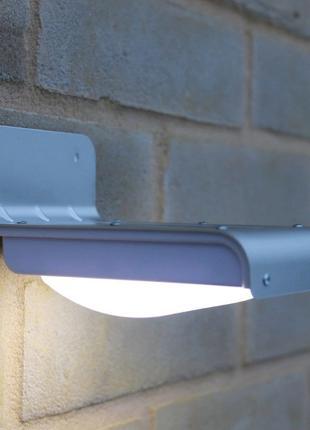 Светильник на солнечной батарее 16 LED с датчиком движения