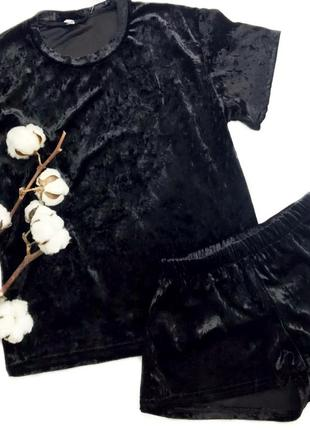 Черная пижама, шорты и футболка s-m