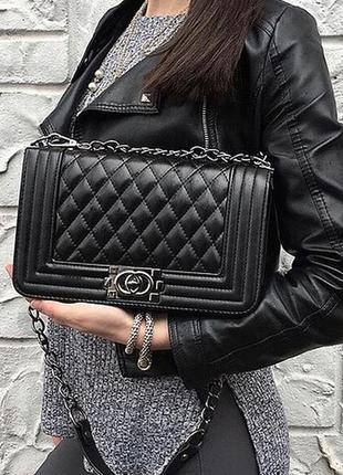 Женская сумка клатч в черном цвете