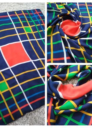 Яркий стильный шелковый платок, 75*76