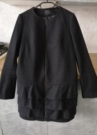 Шерстяное теплое пальто cos