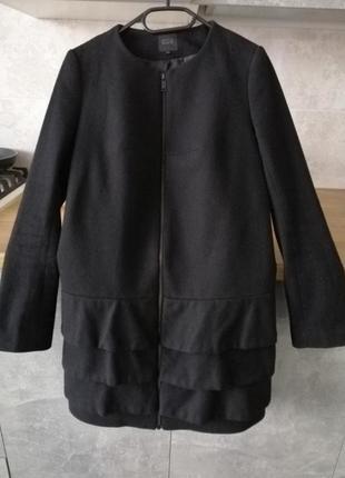 Теплое шерстяное пальто cos