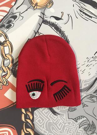 Красная прикольная шапка для девочек