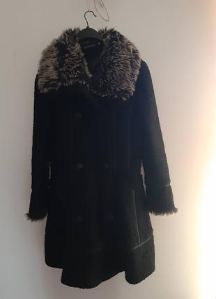 Італійське пальто