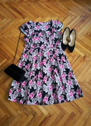 Котоновое платье в цветочный принт