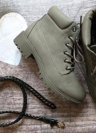 Стильные демисезонные ботинки primark, хаки, eur 38, us 7