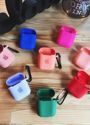 Чехлы на наушники Apple AirPods, IPhone