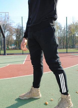 Штаны утеплённые чёрные с рефлективными лампасами