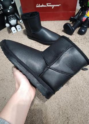 Женские угги черные кожаные