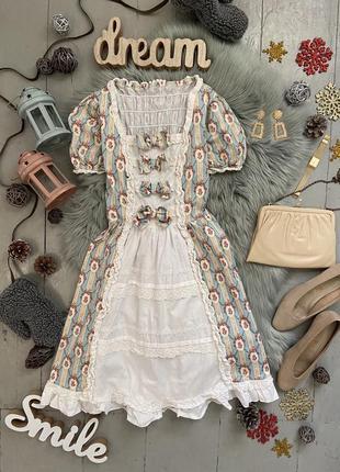 Актуальное платье со шнуровкой на спине №94max