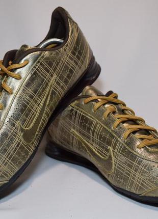 Кроссовки nike rival shox gold кожаные. оригинал. 44 р./ 28.5 см.