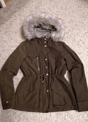 Тёплая осенняя куртка/короткая осенняя парка