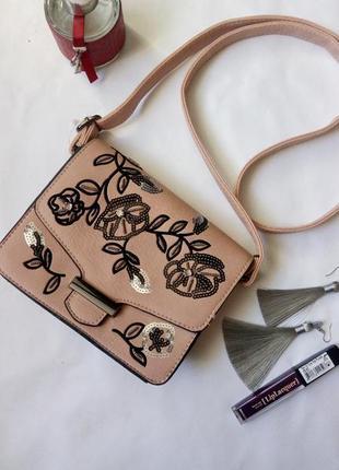 Кроссбоди сумка сумочка вышивка цветы нюд пудра пыльной розы