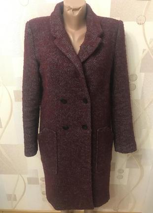 Стильное пальто на меховой подкладке