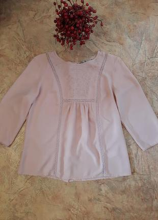 Нежная блуза с вышивкой от tu