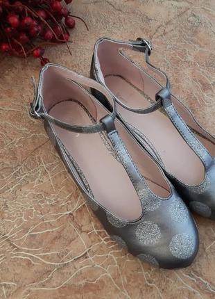 Туфли балетки на девочку нарядные от jasper conran