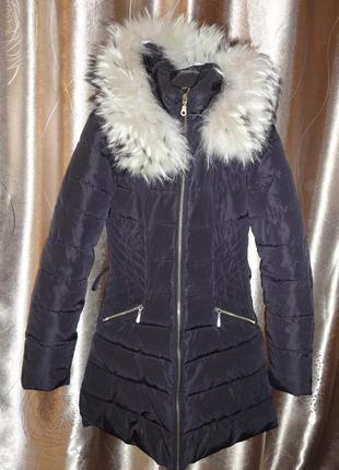 Демисезонное пальто на холофайбере р.s  (ог 92) мех енота