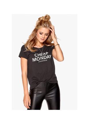 🔻🔻🔻 актуальная базовая футболка cheap monday s