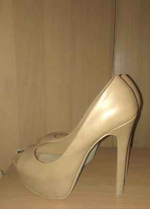 Туфли телесного цвета, коричневые, серые, каблук, лабутены