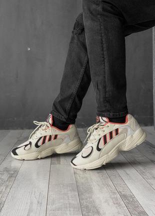 Стильные мужские кроссовки adidas в бежевом цвете /весна/лето/...