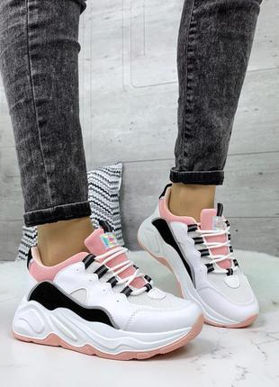 Белые кроссовки с цветными вставками,белые кроссовки на массив...
