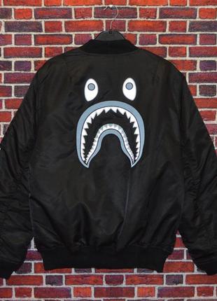 Бомбер bape gold shark black