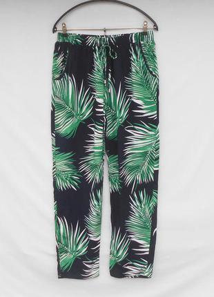 Летние свободные брюки  на резинке из вискозы