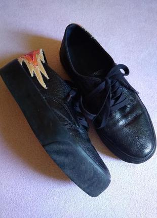 Стильные туфли слипоны на платформе оригинал