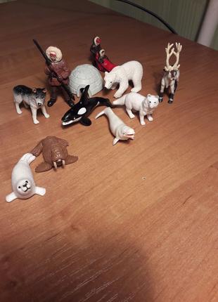 Детская игрушка. Набор фигурок.