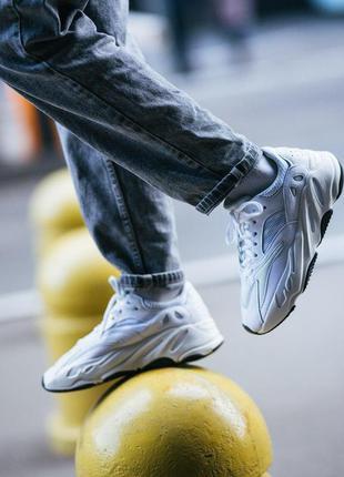Шикарные женские кроссовки adidas yeezy boost 700 v2 white 😍 (...